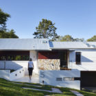 The Creek House by Shaun Lockyer Architects (5)