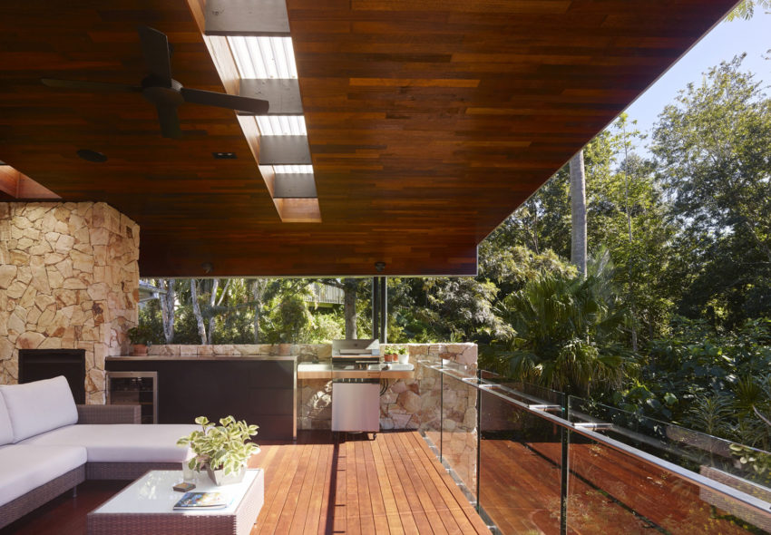The Creek House by Shaun Lockyer Architects (9)