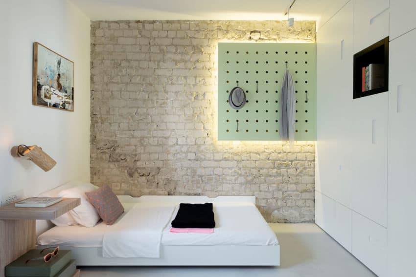 When color meets calm by Maayan Zusman Interior Design (16)