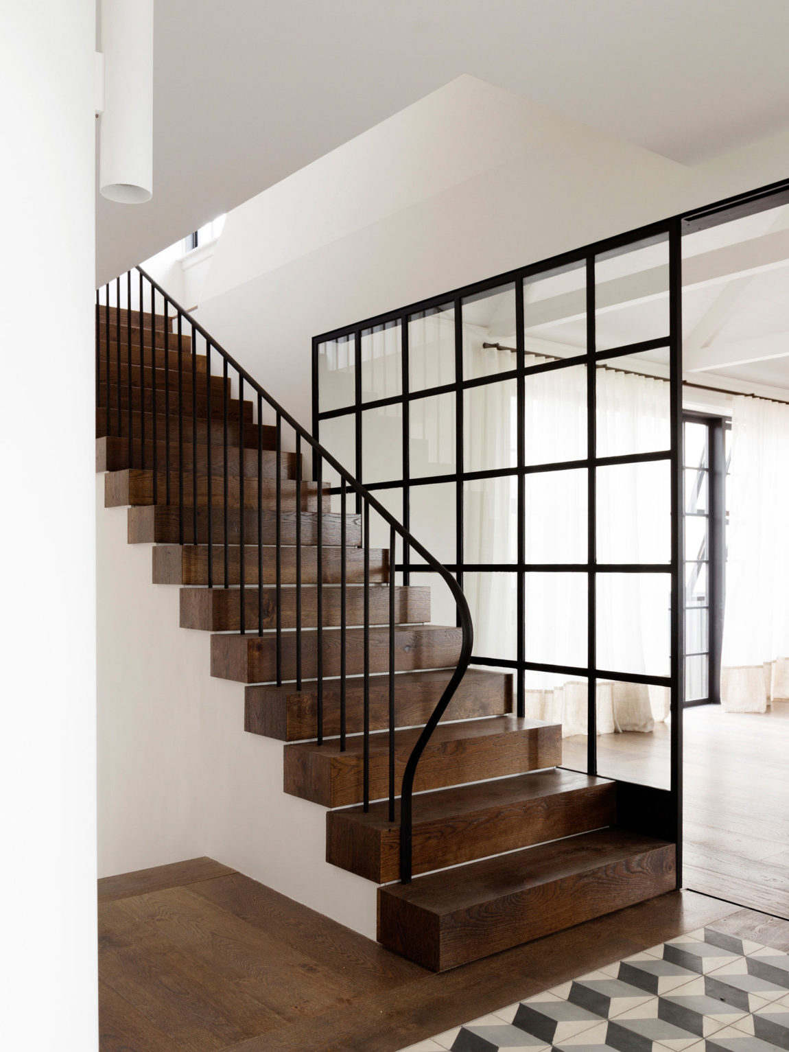 Balancing Home by Luigi Rosselli Architects (16)