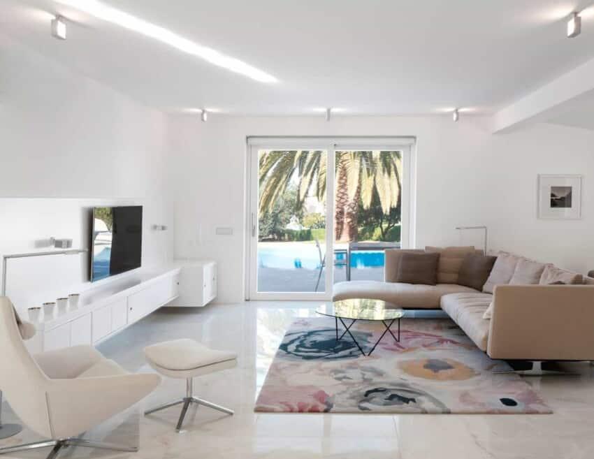 marlene uldschmidt architects complete a home renovation in algarve