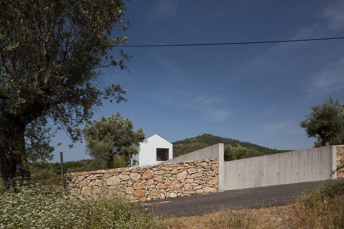 Fonte Boa House by João Mendes Ribeiro (3)