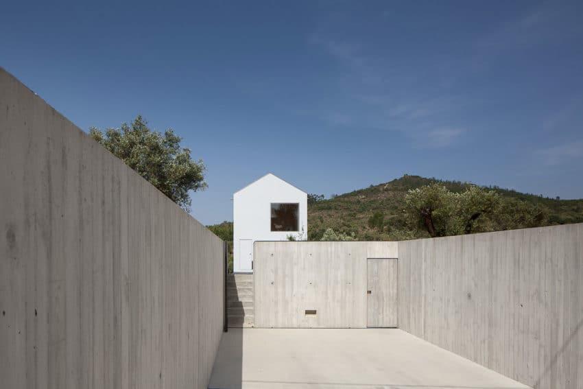 Fonte Boa House by João Mendes Ribeiro (5)