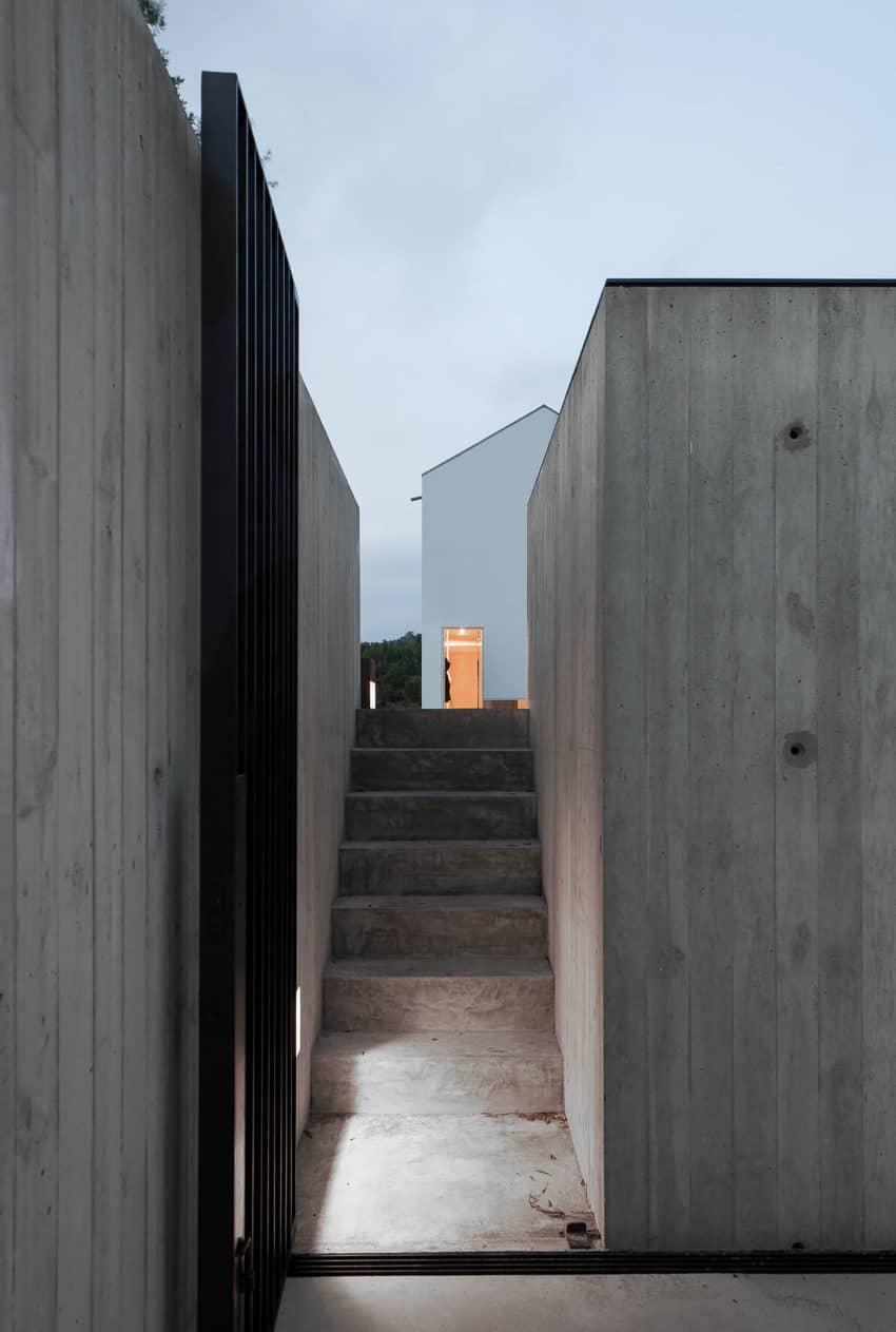 Fonte Boa House by João Mendes Ribeiro (30)