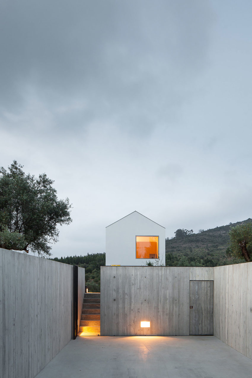 Fonte Boa House by João Mendes Ribeiro (31)