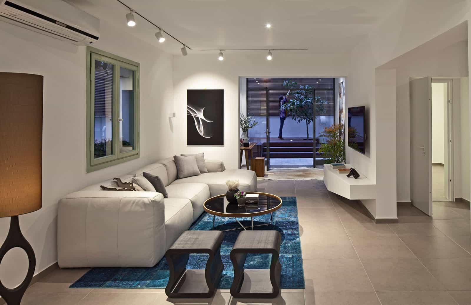 BLV Design/Architecture Design a Contemporary Apartment in Tel Aviv