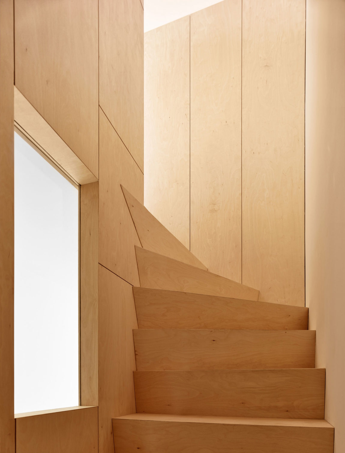 Home in Schaerbeek by Martens/Brunet Architects (15)