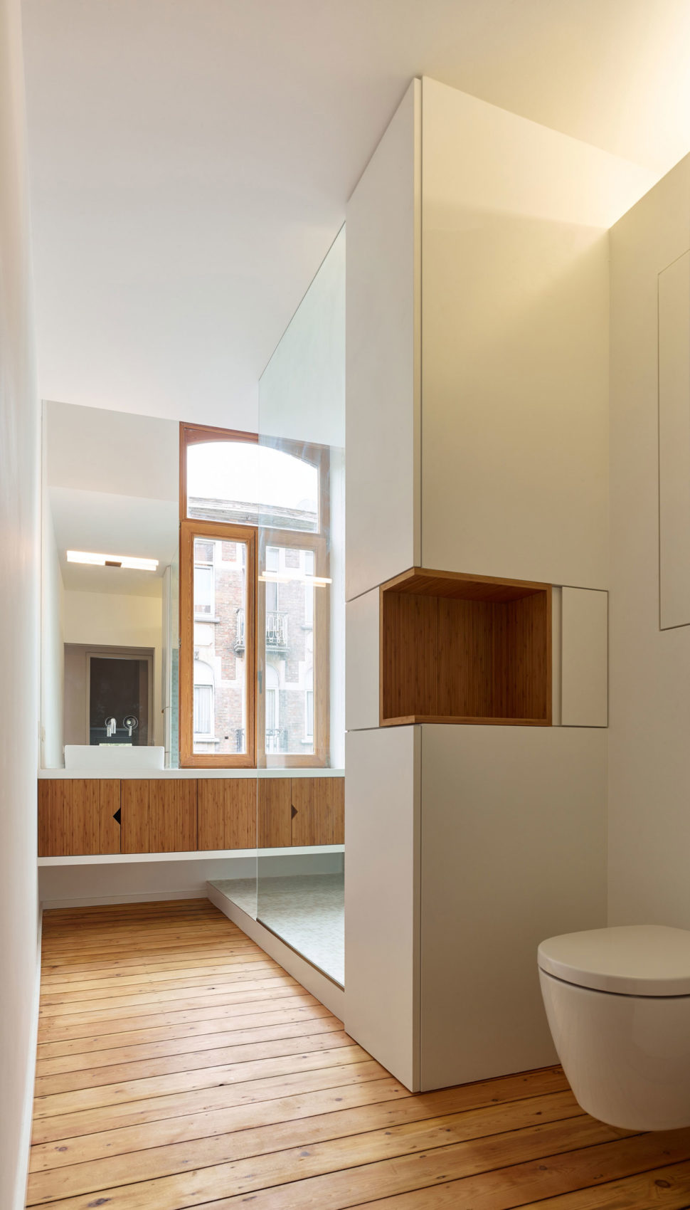 Home in Schaerbeek by Martens/Brunet Architects (22)