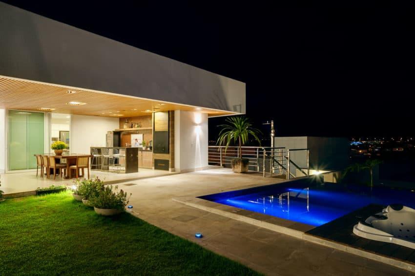 House Araguaia OM by Dayala + Rafael Estúdio (13)