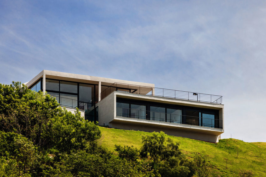 House JJ by Obra Arquitetos (1)