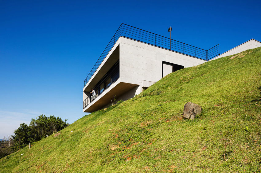 House JJ by Obra Arquitetos (2)