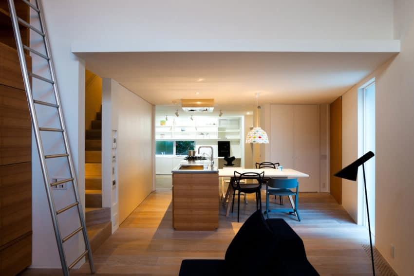 House in Nagoya by Atelier Tekuto (9)