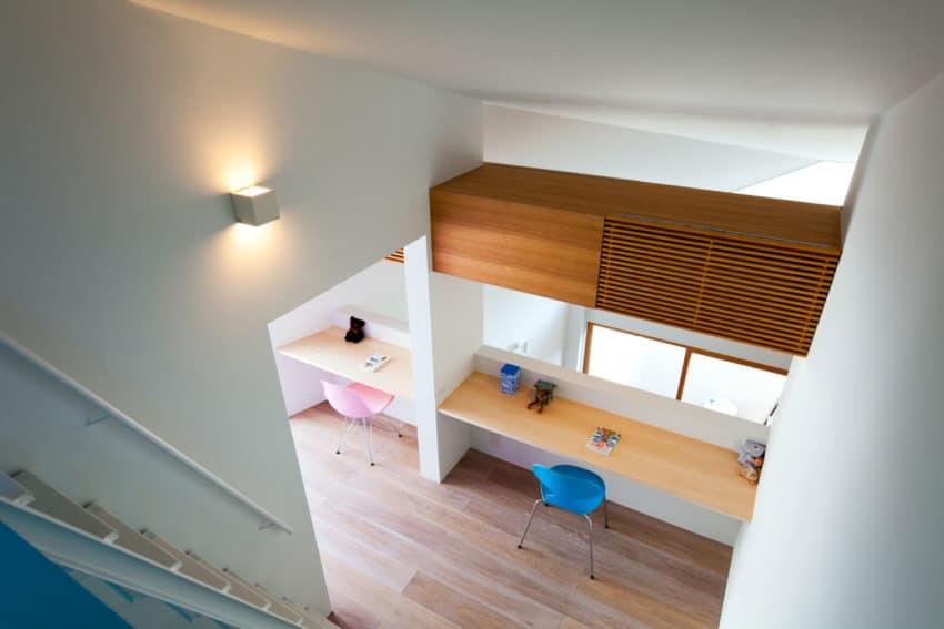 House in Nagoya by Atelier Tekuto (17)
