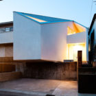House in Nagoya by Atelier Tekuto (21)