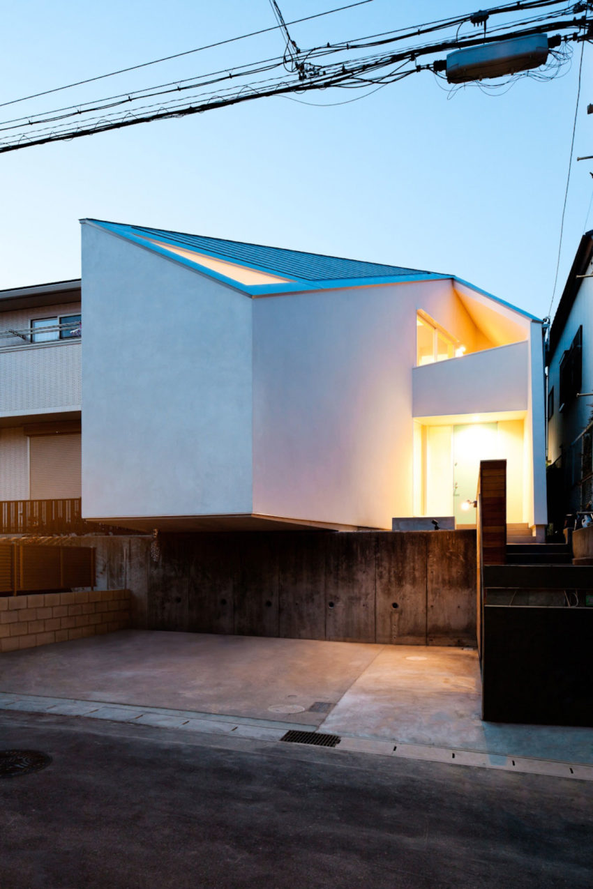 House in Nagoya by Atelier Tekuto (21)