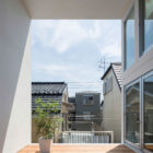 Little House with a Big Terrace by Takuro Yamamoto (3)