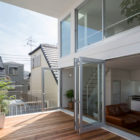 Little House with a Big Terrace by Takuro Yamamoto (4)