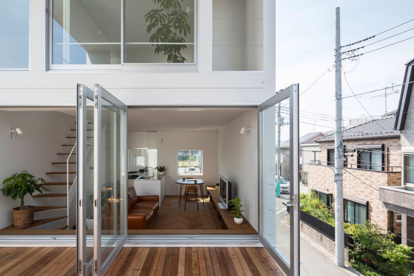 Little House with a Big Terrace by Takuro Yamamoto (5)