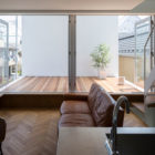 Little House with a Big Terrace by Takuro Yamamoto (7)
