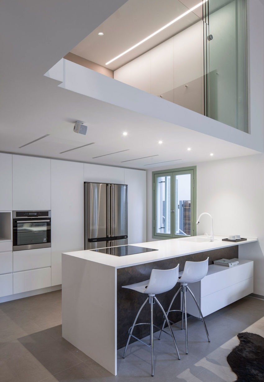 Loft Apartment by BLV Design/Architecture (6)