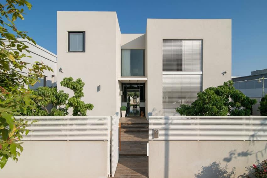 Luxury Home in Bat Hadar by BLV Design/Architecture (2)