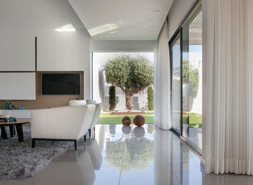 Luxury Home in Bat Hadar by BLV Design/Architecture (4)