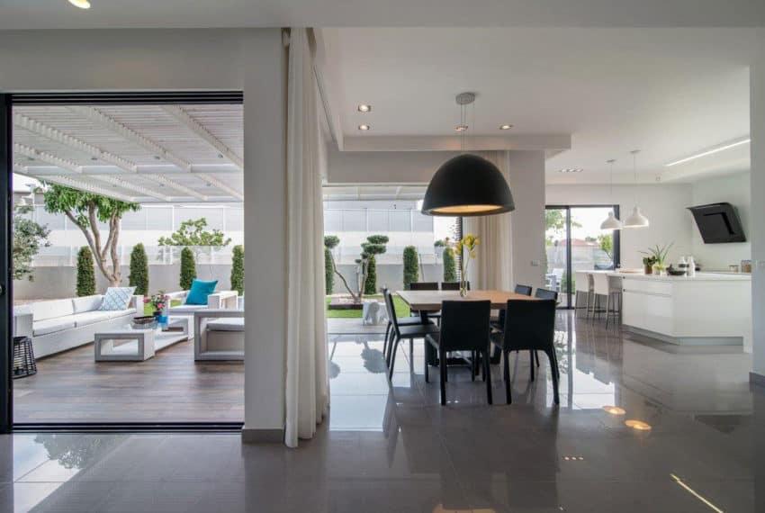 Luxury Home in Bat Hadar by BLV Design/Architecture (8)