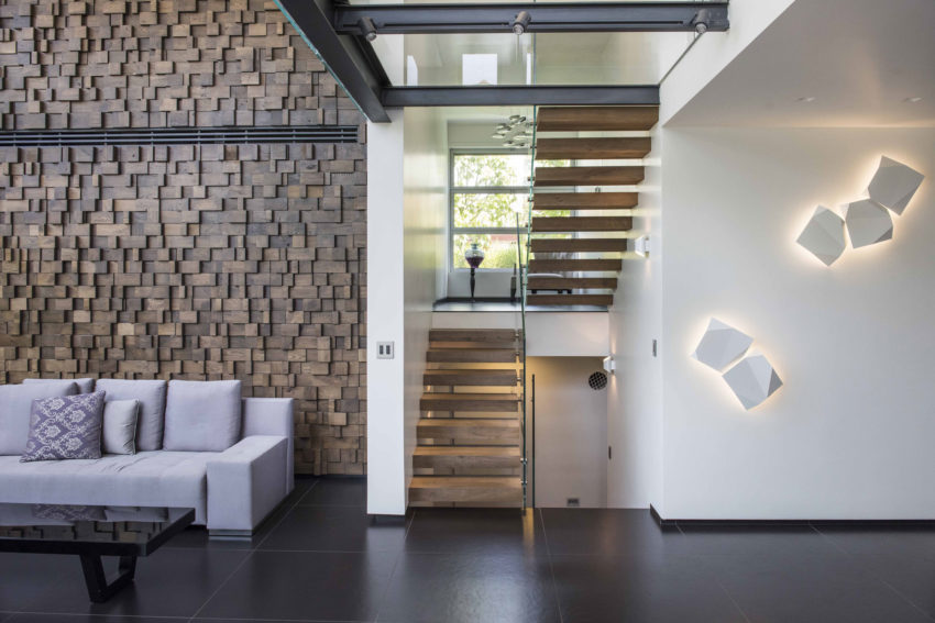 Modern Minimalistic and Clear by Martin Kesel Architects (13)