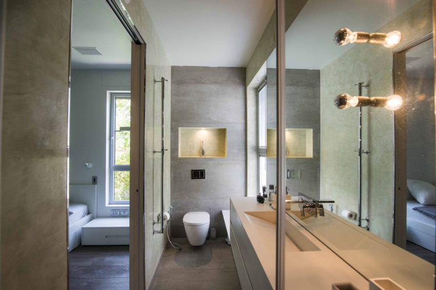 Modern Minimalistic and Clear by Martin Kesel Architects (21)