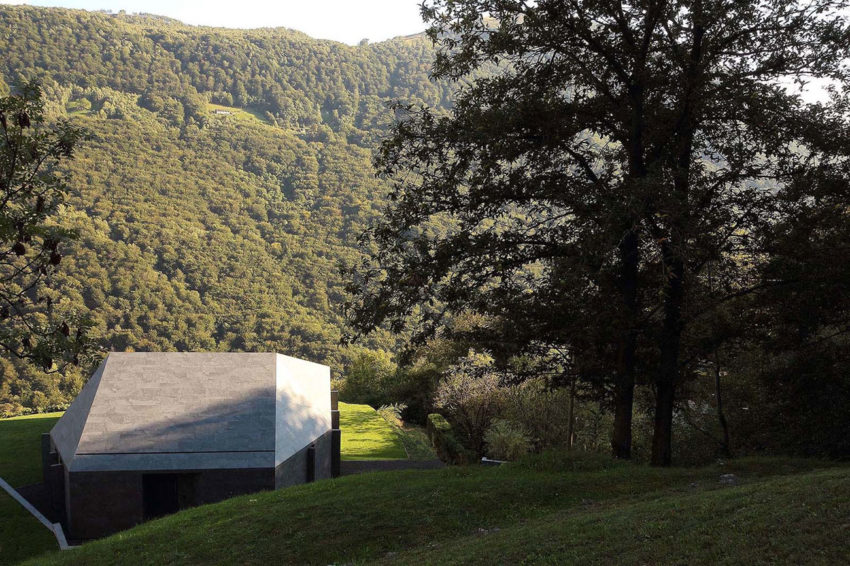 Montebar Villa by JMA (1)
