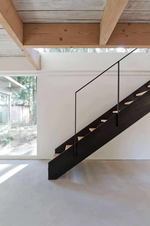 North Vancouver House by Scott & Scott Architects (14)