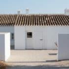 Pensão Agricola by Atelier Rua (1)