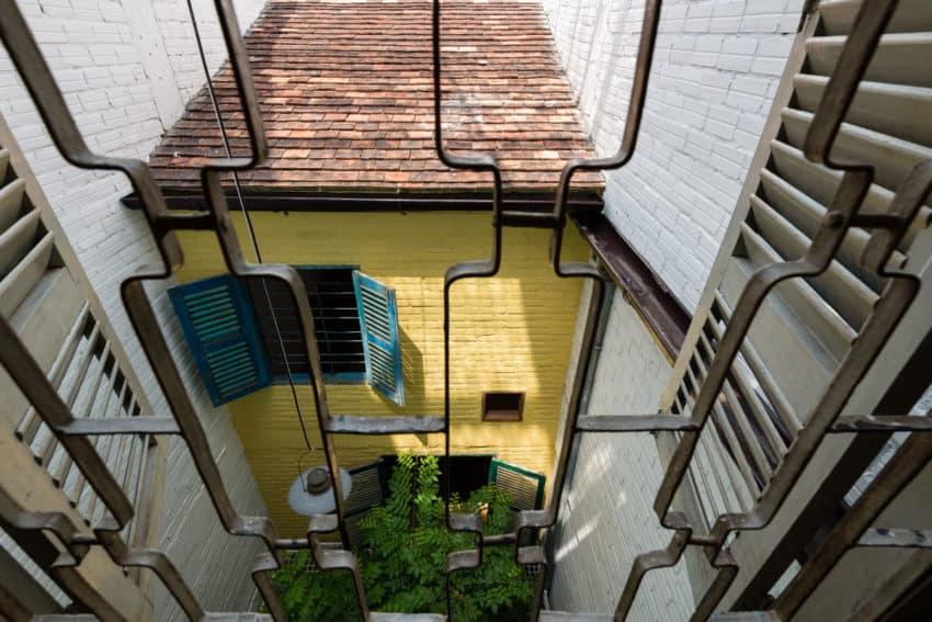 SaiGon House by a21studĩo (14)