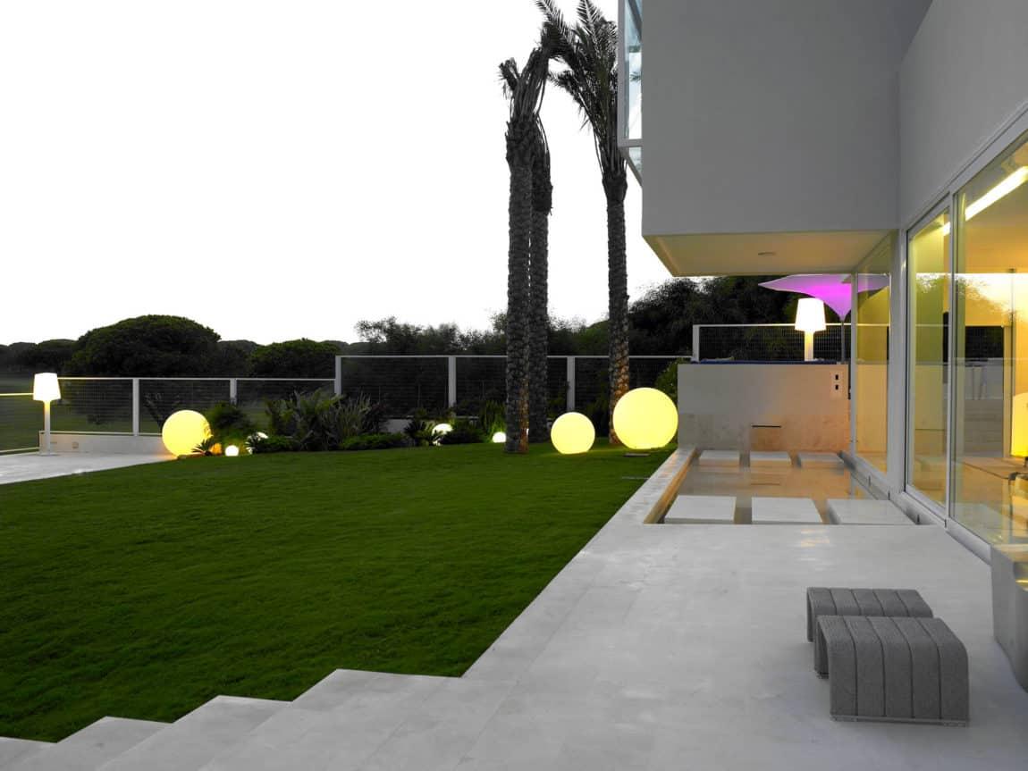 Sancti Petri Private House by Teresa Sapey Estudio (17)