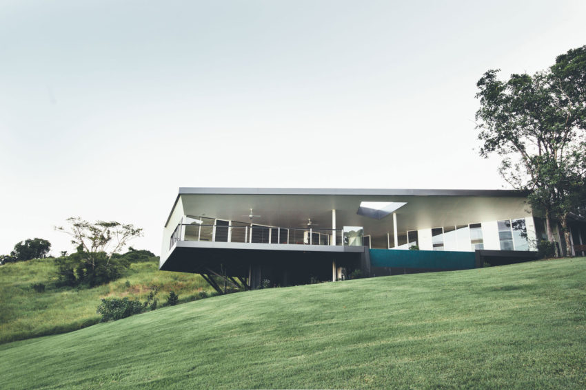 Stealth House by Teeland Architects (6)