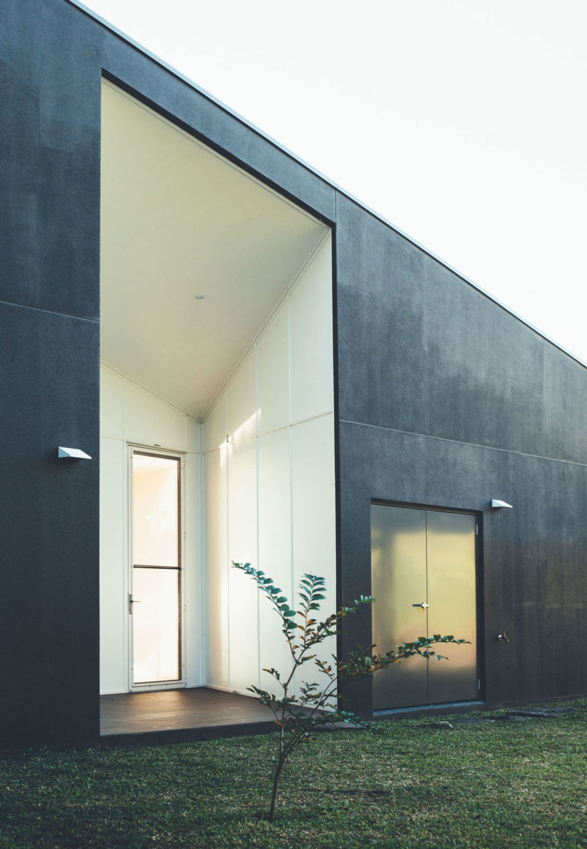 Stealth House by Teeland Architects (12)