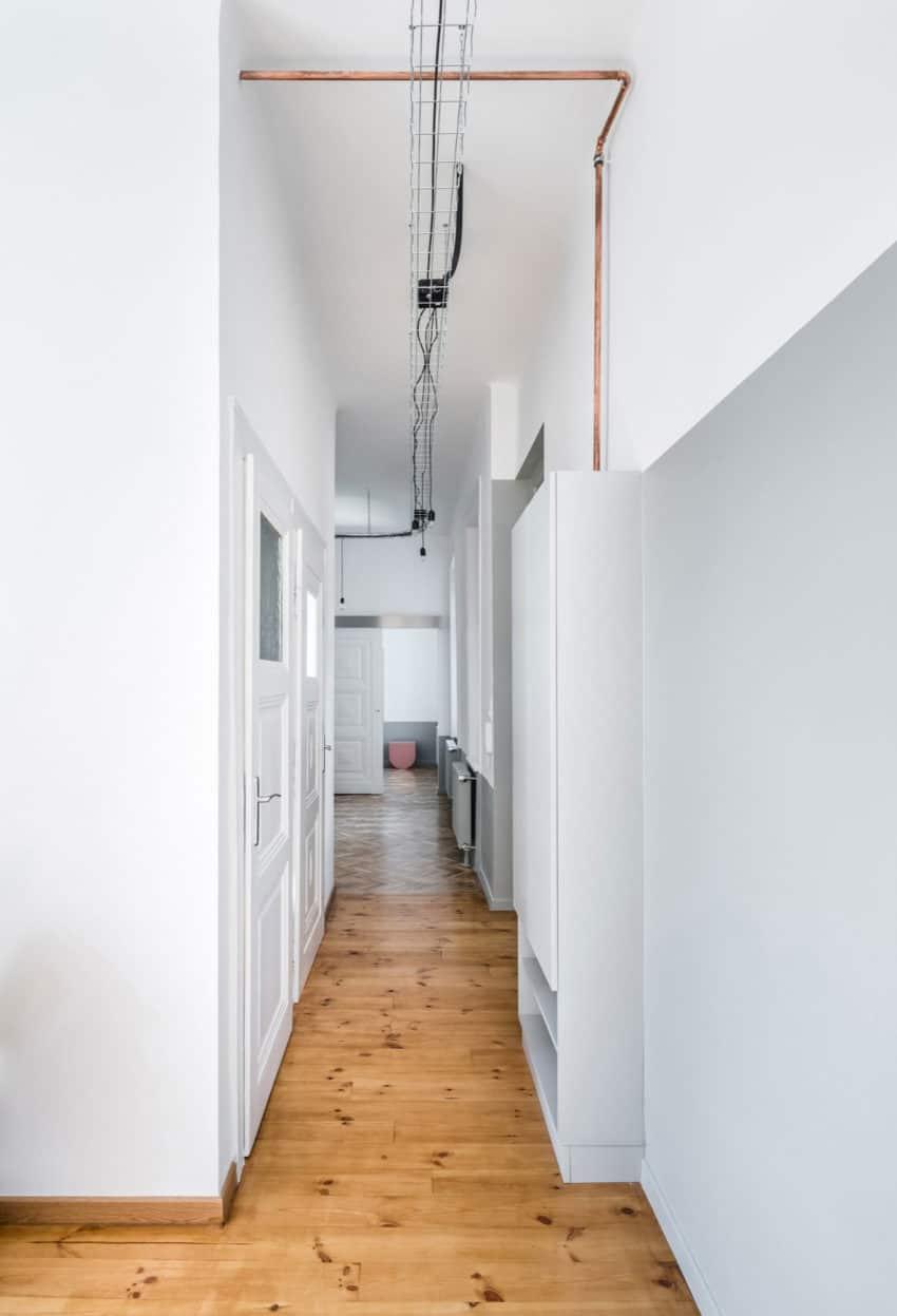 Strict Elegance by Batlab Architects (10)