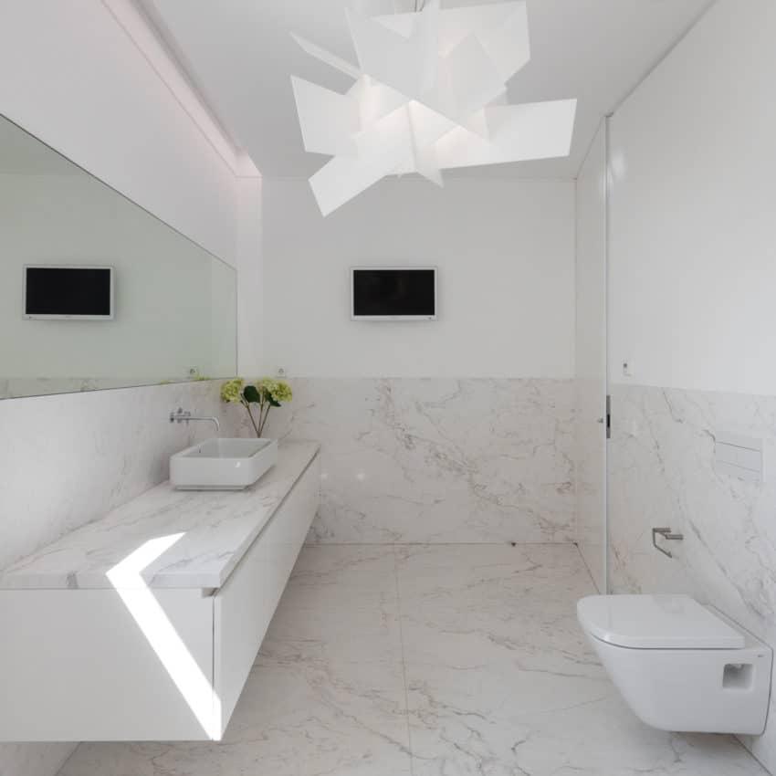 Touguinho II House by Raulino Silva Arquitecto (24)