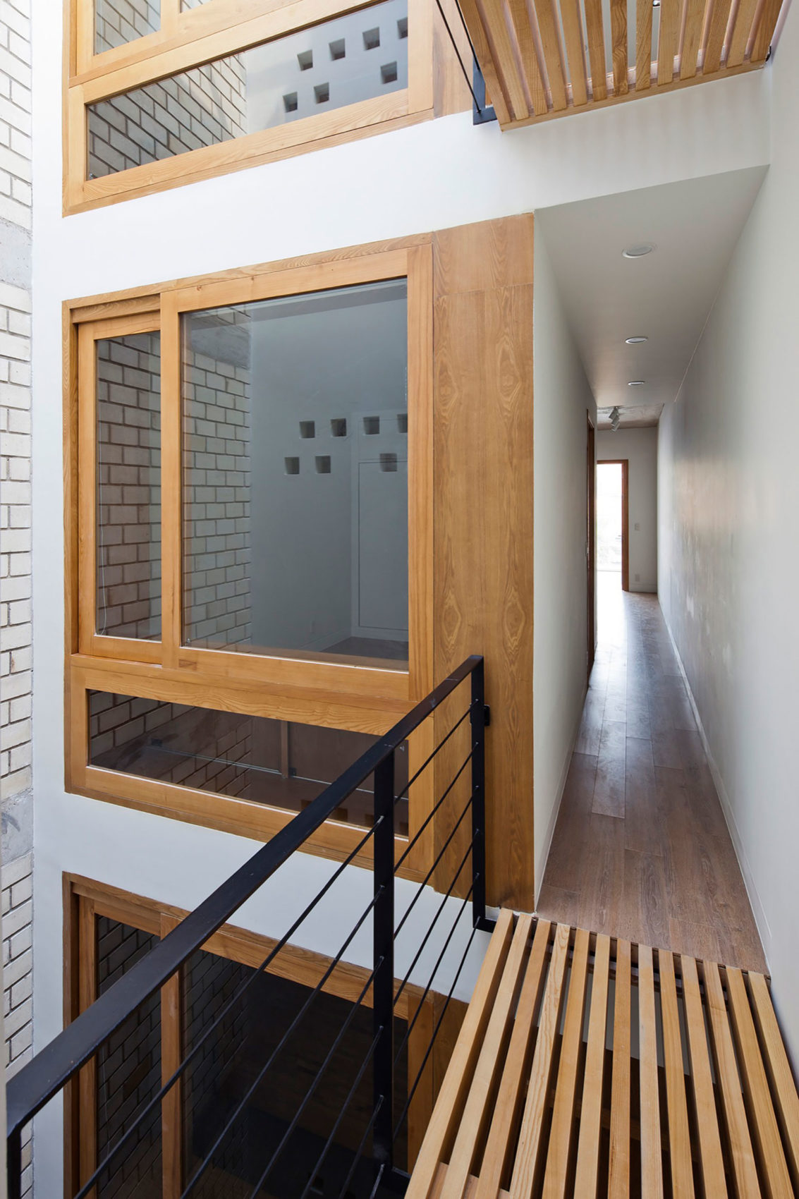 Townhouse with a Folding-Up Shutter by MM++ architects (15)