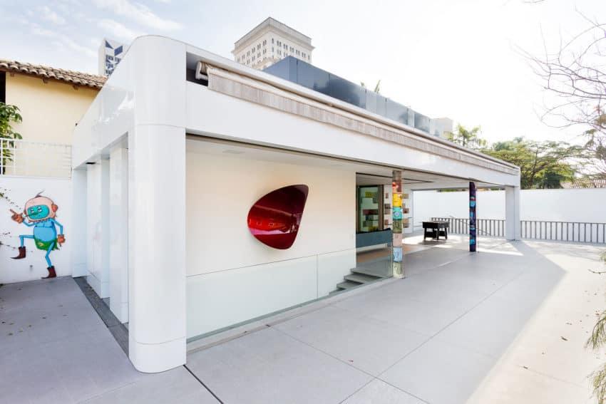 Toy House by Pascali Semerdjian Architects (8)