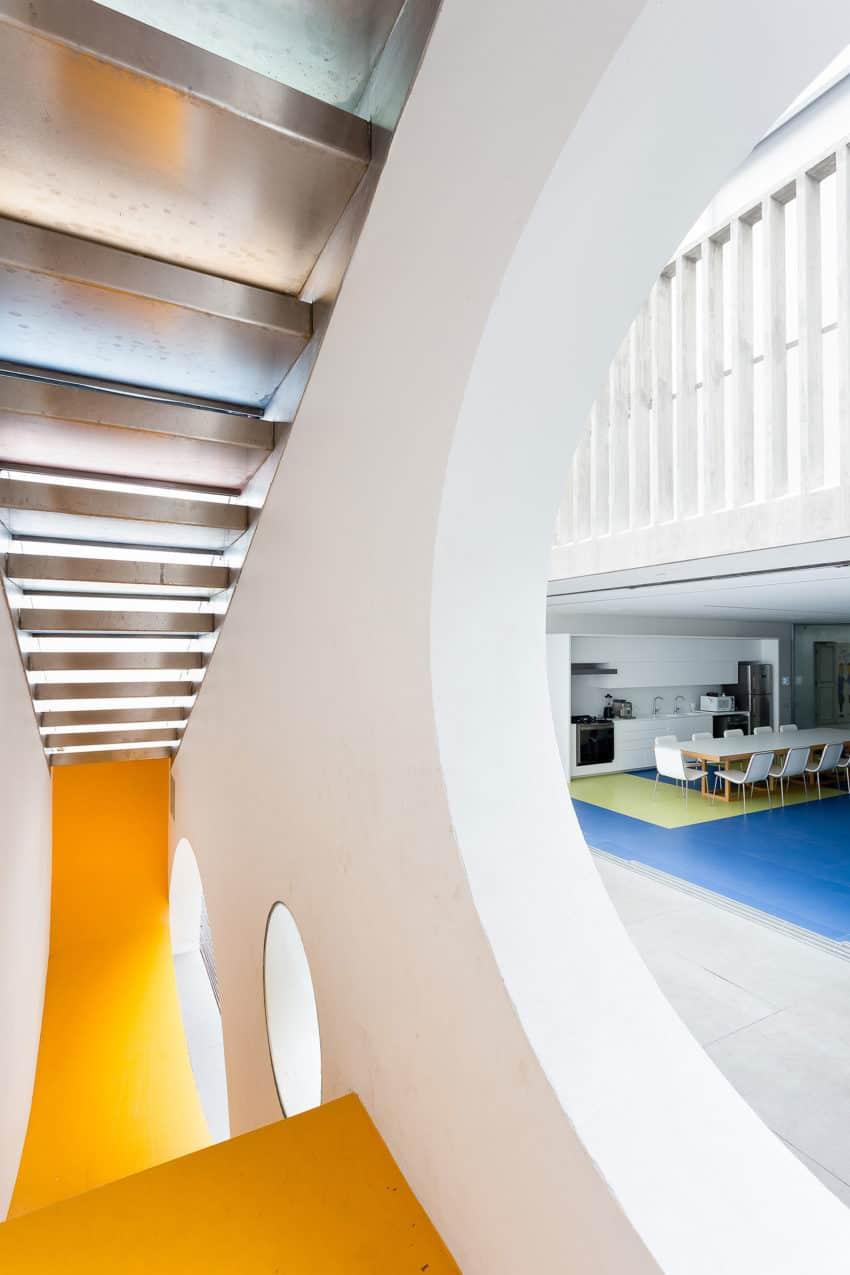 Toy House by Pascali Semerdjian Architects (14)