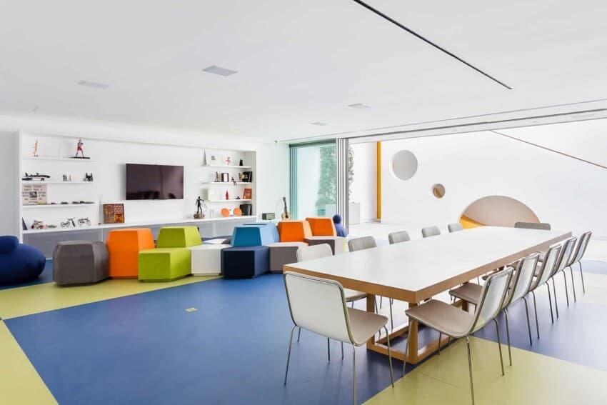 Toy House by Pascali Semerdjian Architects (20)