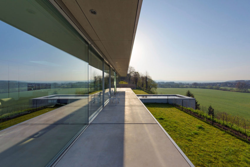 Villa K by Paul de Ruiter Architects (7)