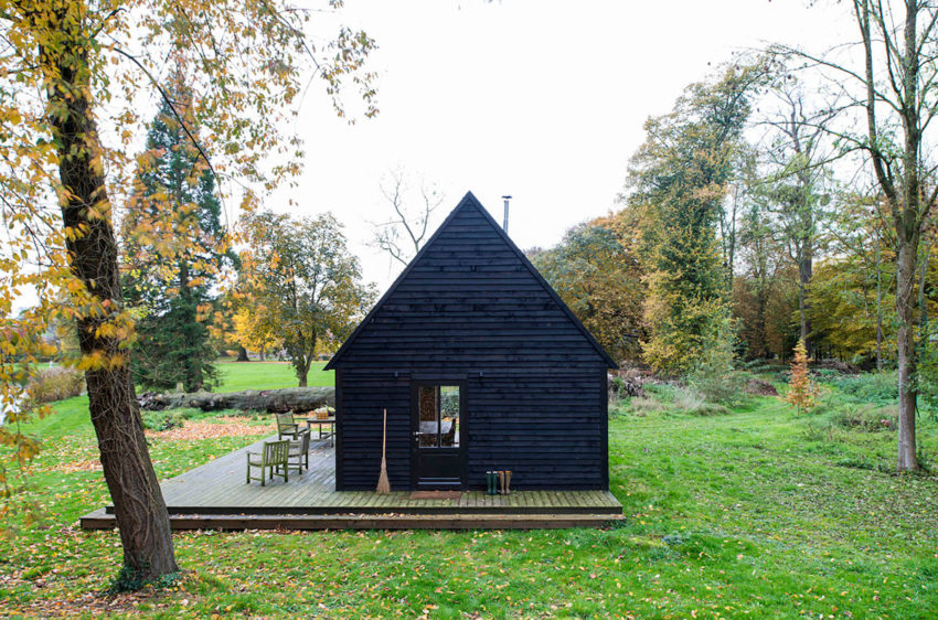 Woodland Cabin by De Rosee Sa Architects (14)