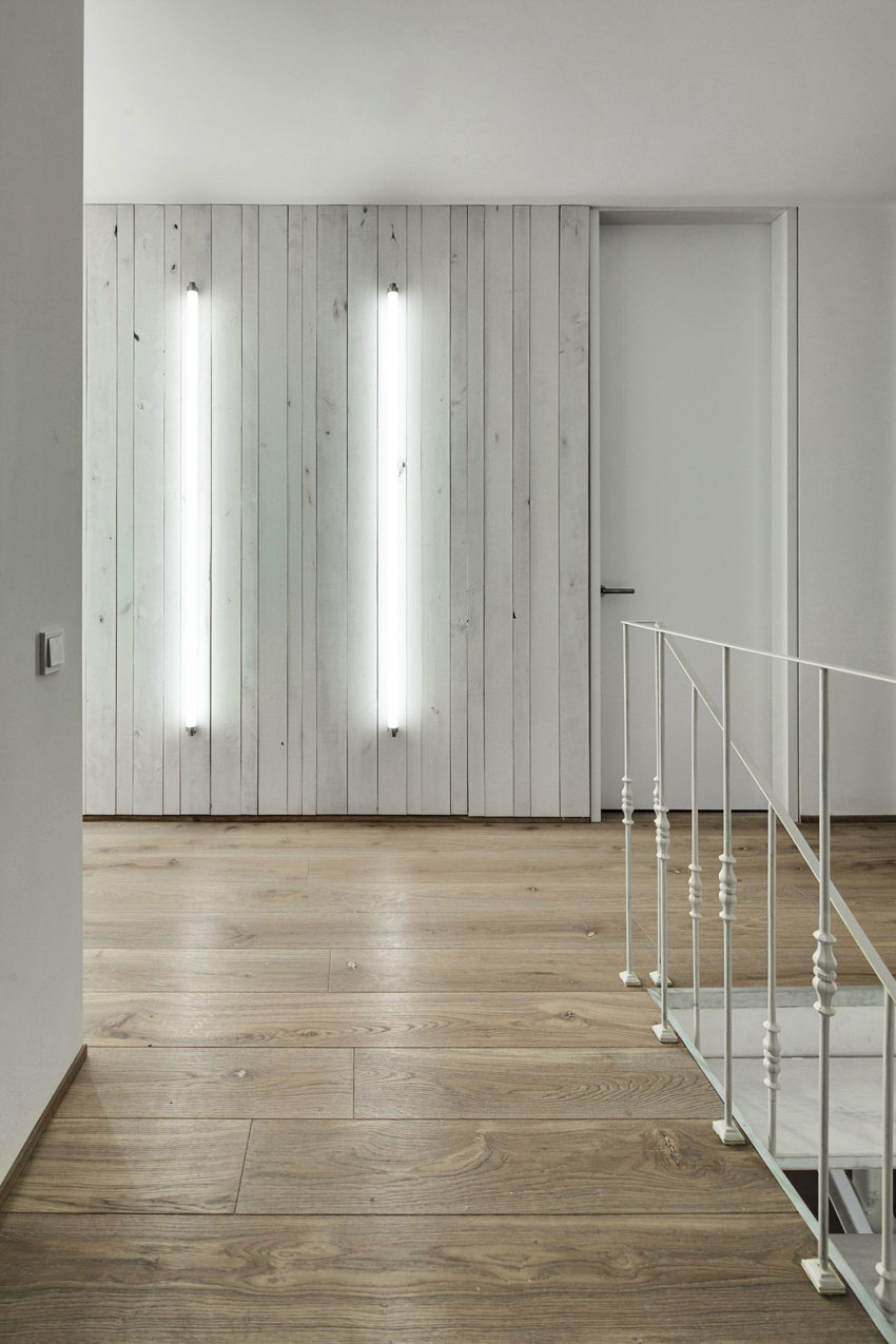 A Bright White Home by FORM Architectural Bureau (20)