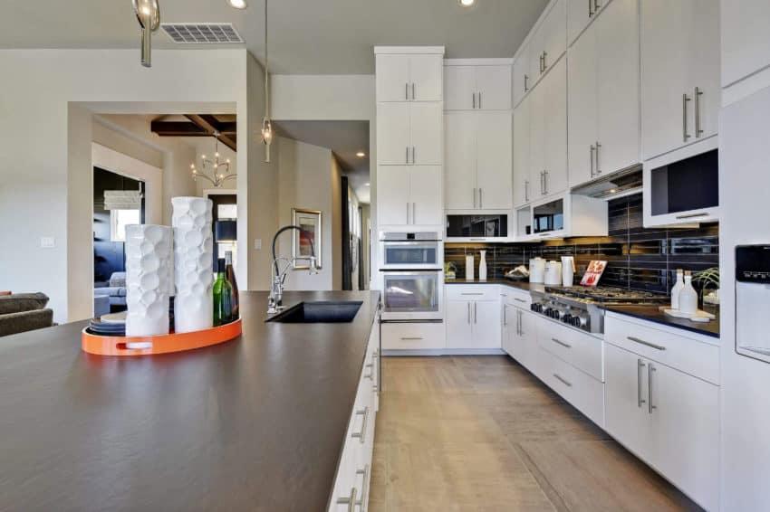 Abrantes Model Home by Scott Felder Homes Design Studio (13)