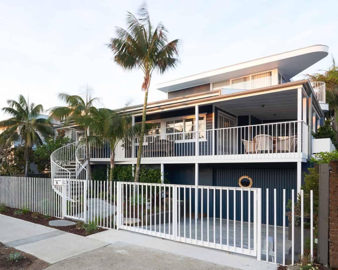 Beach House on Stilts by Luigi Rosselli Architects (1)