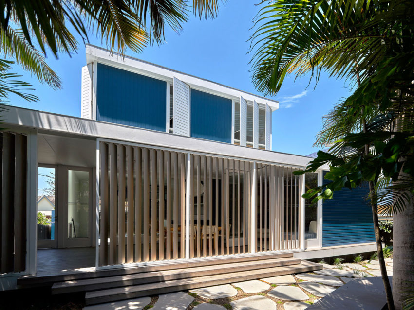 Beach House on Stilts by Luigi Rosselli Architects (2)