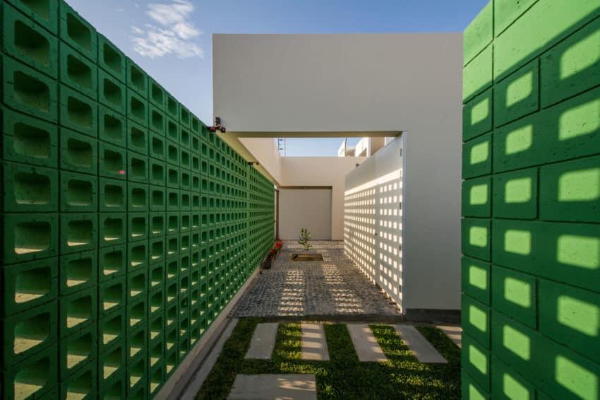 Casa LB4 by Riofrio+Rodrigo Arquitectos (2)