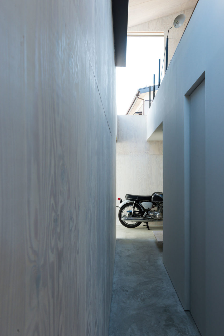 GO-BANG! House by Takeru Shoji Architects (3)